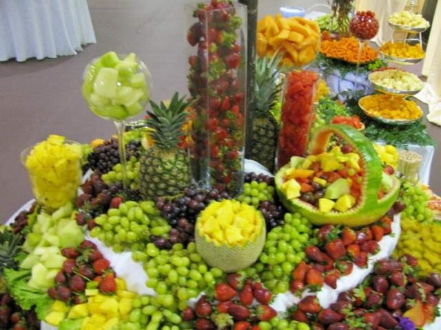 how to prepare fruit for chocolate fountain